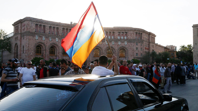 Депутаты Госдумы встретились со спикером парламента Армении