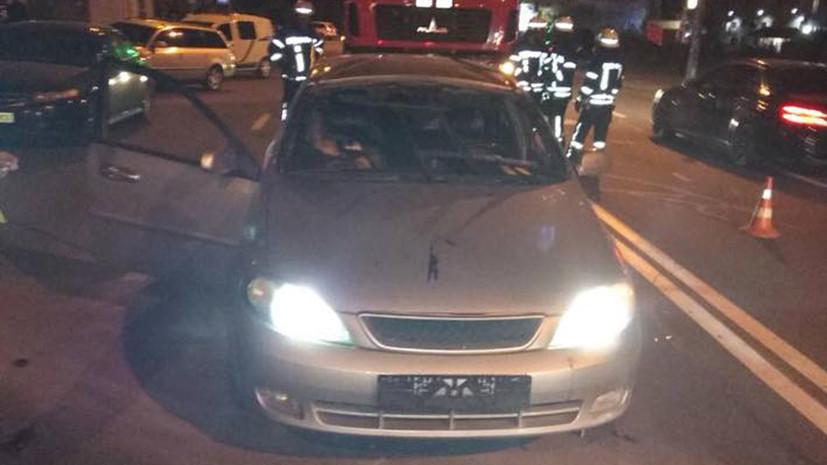 Полиция назвала две версии взрыва автомобиля в Киеве
