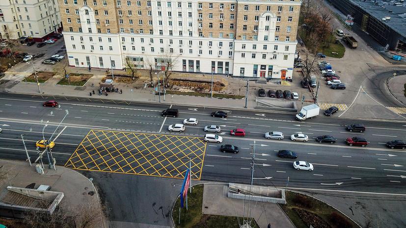 В Федерации автовладельцев России поддержали изменения в ПДД о «вафельной» разметке