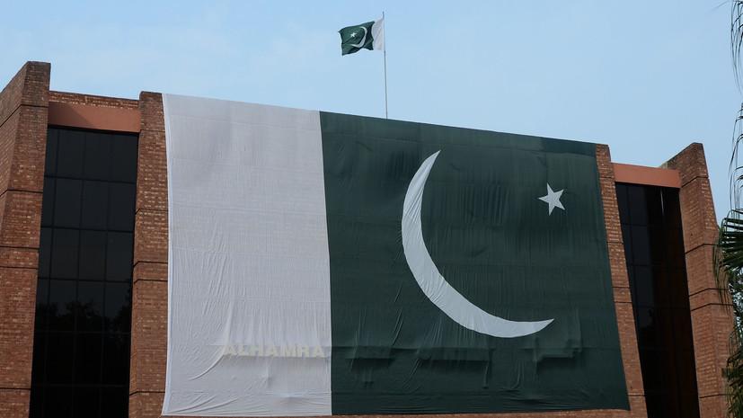 СМИ: В Пакистане произошло второе за месяц ДТП с участием машины посольства США и мотоциклиста