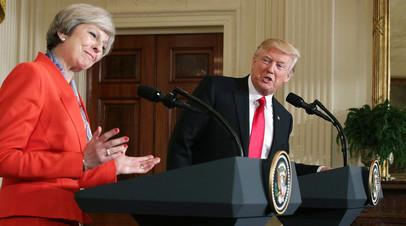 Президент США Дональд Трамп во время встречи с премьер-министром Соединённого Королевства Терезой Мэй