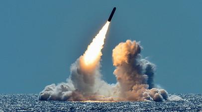 Тестовый запуск ракеты Trident II D5 с подлодки у берегов Калифорнии, 26 марта 2018 года