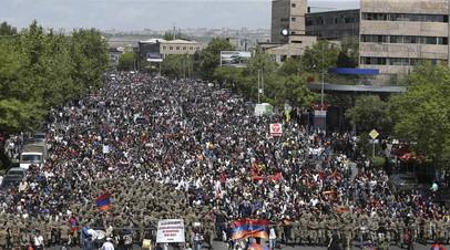 В Ереване освободили из СИЗО лидера оппозиционного движения
