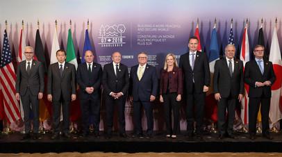Рябков заявил, что Россия ответит на возможные новые санкции G7