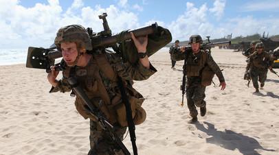 Бойцы Корпуса морской пехоты США