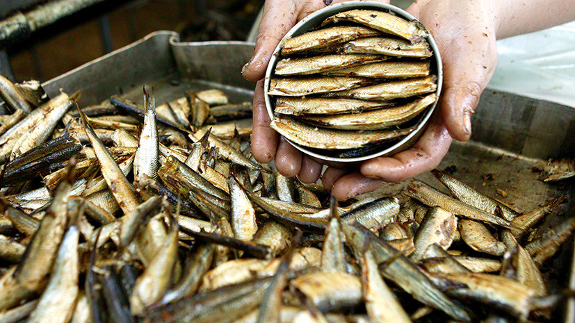 Эксперт оценил сообщения об удвоении убытков производителя элитных латвийских шпрот