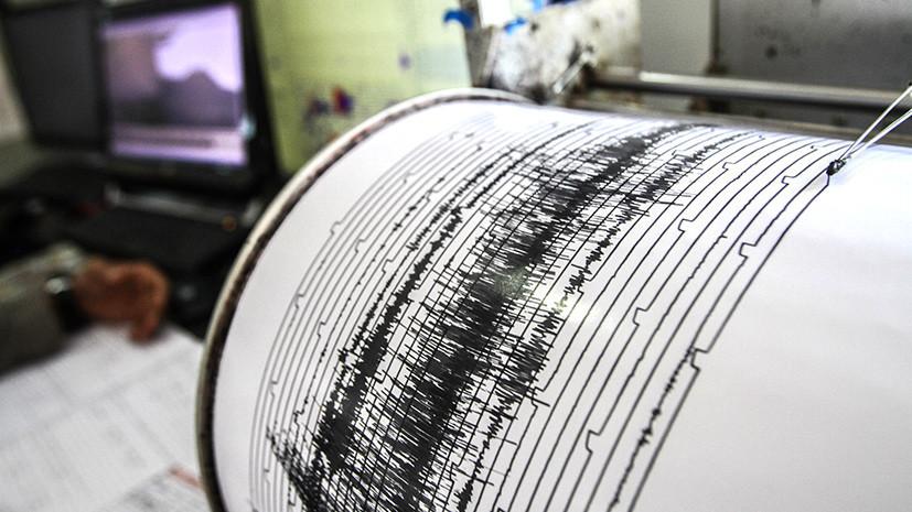 СМИ: При землетрясении в Иране пострадали не менее 30 человек