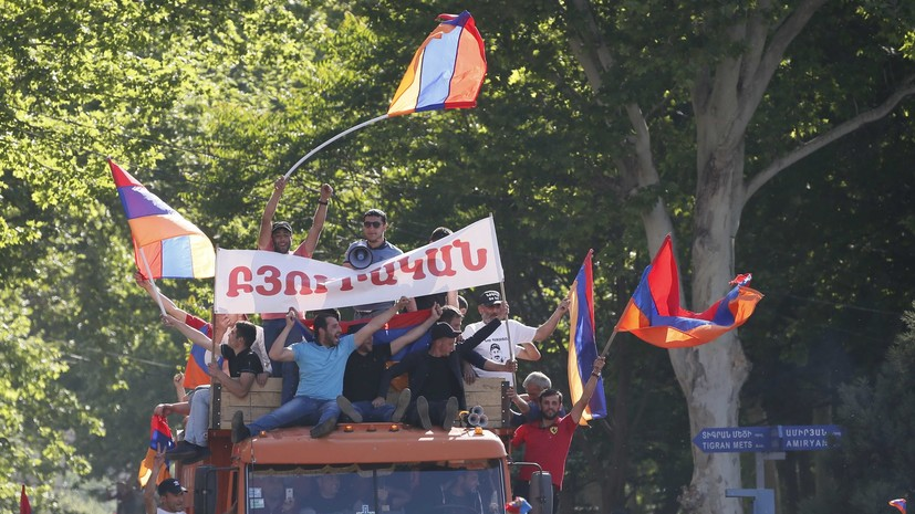Исполняющий обязанности министра культуры Армении ушёл в отставку
