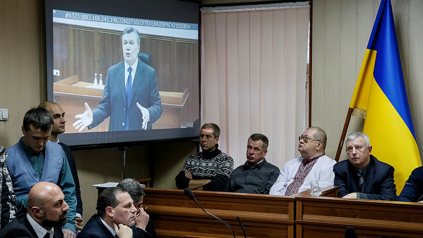 Суд по делу Януковича решил возобновить допрос свидетелей защиты
