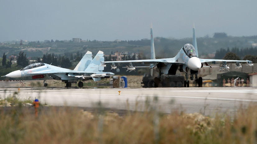 Бывший глава Минобороны Израиля рассказал о горячей линии с российской авиабазой в Сирии