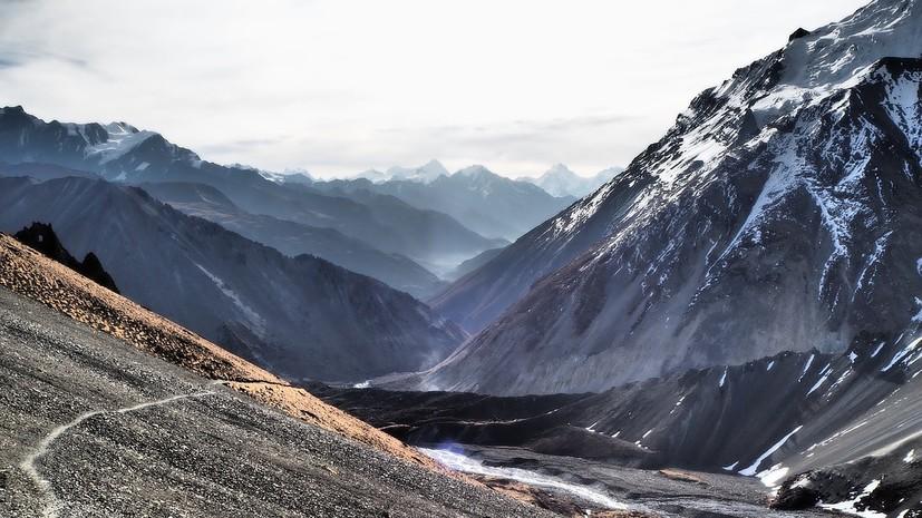 СМИ: В Гималаях болгарский альпинист оставил палатку и пропал на высоте более 7 км