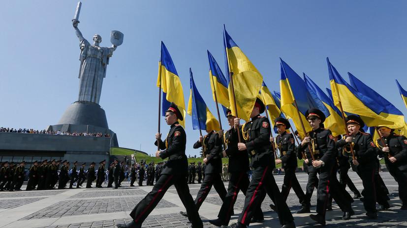 Порошенко: в военном календаре Украины не должно быть ничего общего с Россией