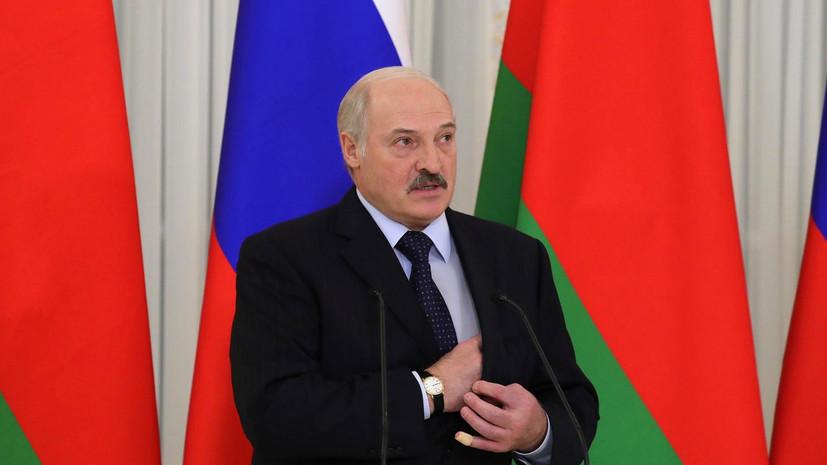 Лукашенко поздравил Путина и других лидеров стран СНГ с Днём Победы