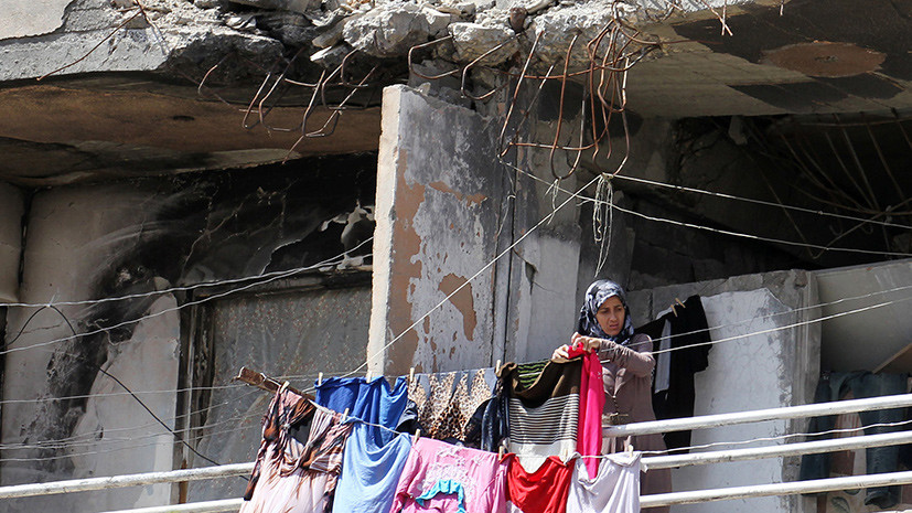 Более 300 человек вернулись в свои дома в Хомсе и Восточной Гуте за сутки