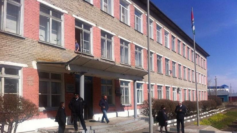 Врач рассказал о состоянии пострадавших в результате нападения в колледже Барабинска