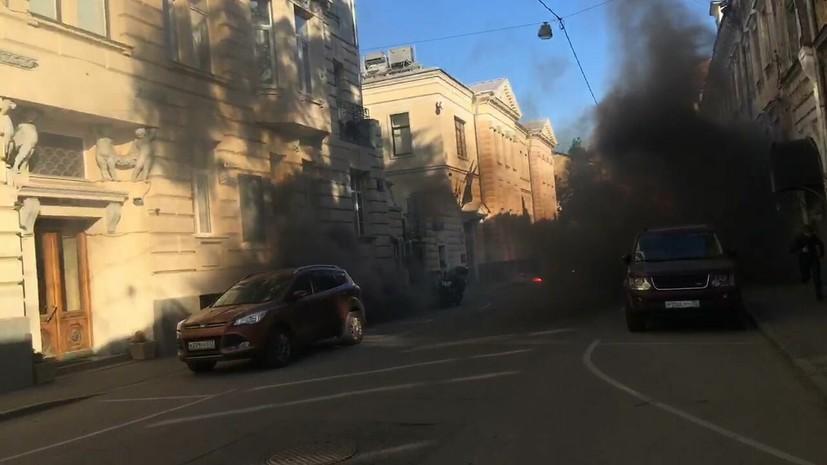 МИД Латвии вручил ноту послу России в связи с нападением на посольство в Москве