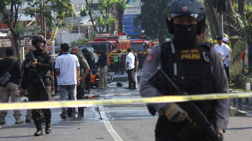 В полиции уточнили число погибших в результате инцидентов в Индонезии