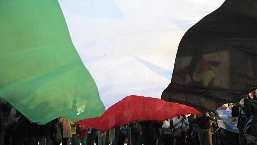 Тысячи человек пришли проститься с погибшими в ходе столкновений в секторе Газа