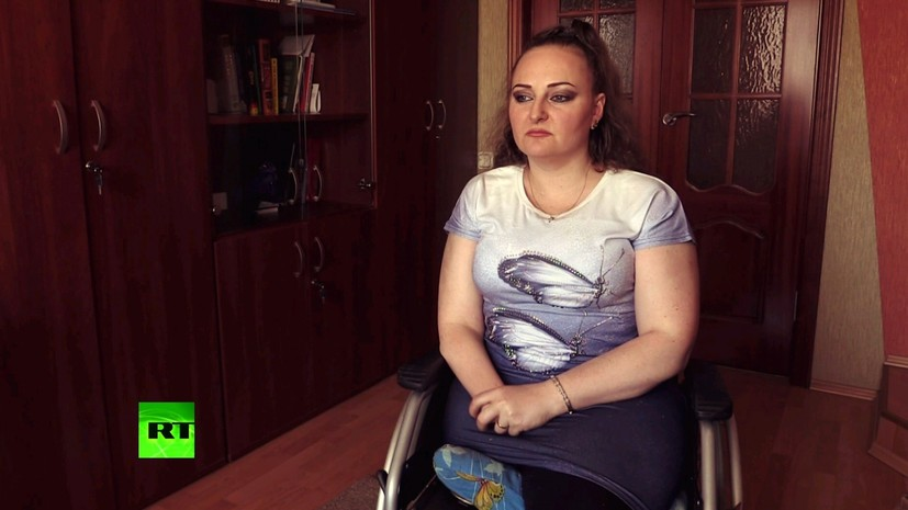 Проходящая лечение в РФ после ранений в Сирии украинка рассказала RT свою историю