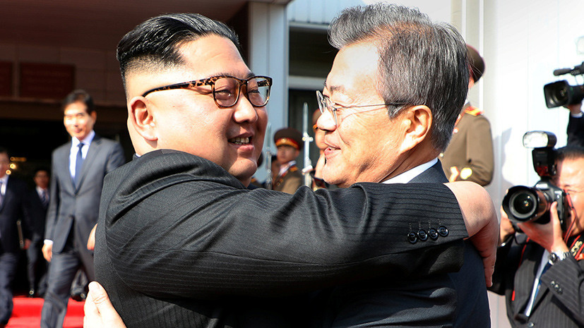 «Говорили о Трампе и о том, что делать»: как прошла необъявленная встреча лидеров Северной и Южной Кореи