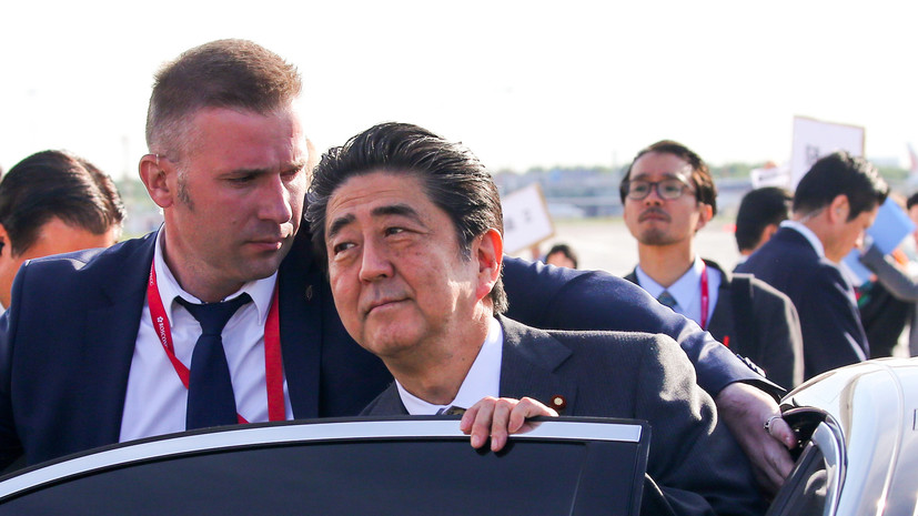 СМИ сообщили о планах Абэ посетить США в июне