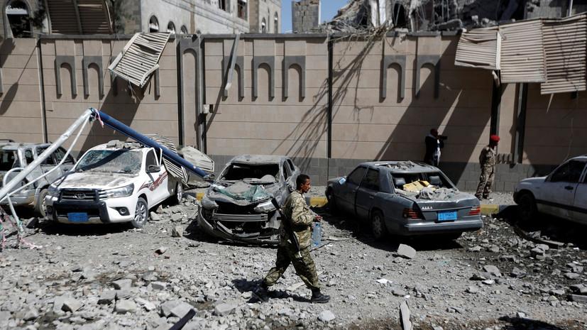 СМИ: Хуситы нанесли ракетный удар по позициям правительственных сил Йемена