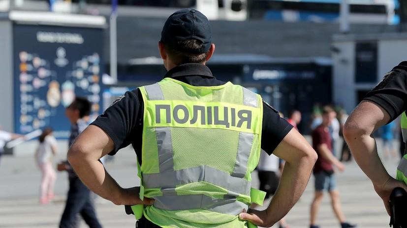 ВКиеве толпа разгромила рынок, где избили пенсионера