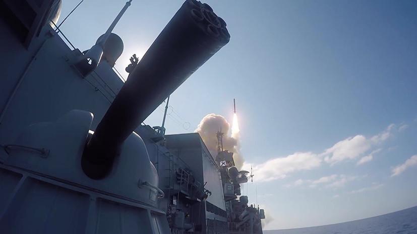 Главком ВМФ России заявил о планах поддерживать состав группировки в Средиземном море