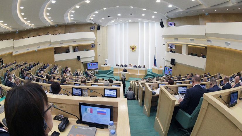 Комитет Совфеда по обороне поддержал закон о контрсанкциях