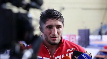 Россиянин Садулаев завоевал золото ЧЕ по вольной борьбе в весе до 92 кг