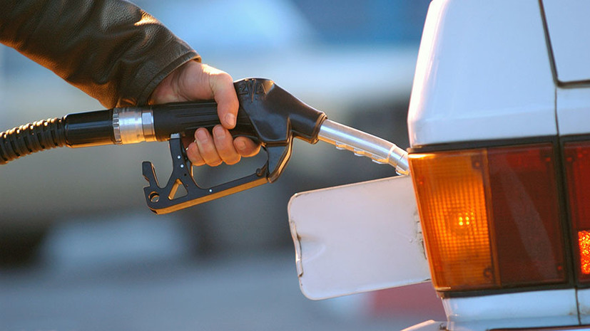 Росстат: цены на бензин в России в мае выросли на 5,6%