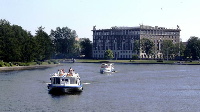 Роспотребнадзор заявил, что ни один водоём в Петербурге не соответствует санитарным нормам