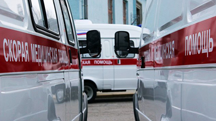 В Смоленске машина вылетела на тротуар и сбила двух женщин с ребёнком
