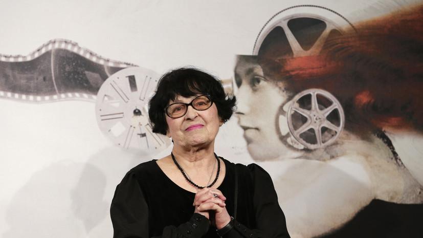 Порошенко выразил соболезнования в связи со смертью режиссёра Муратовой