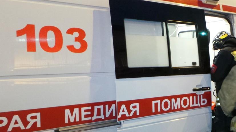 СМИ: В Ленинградской области мужчина совершил наезд на людей после конфликта в баре