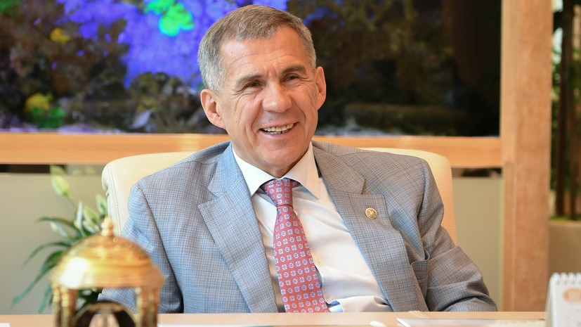 Минниханов вручил госнаграды России жителям Татарстана
