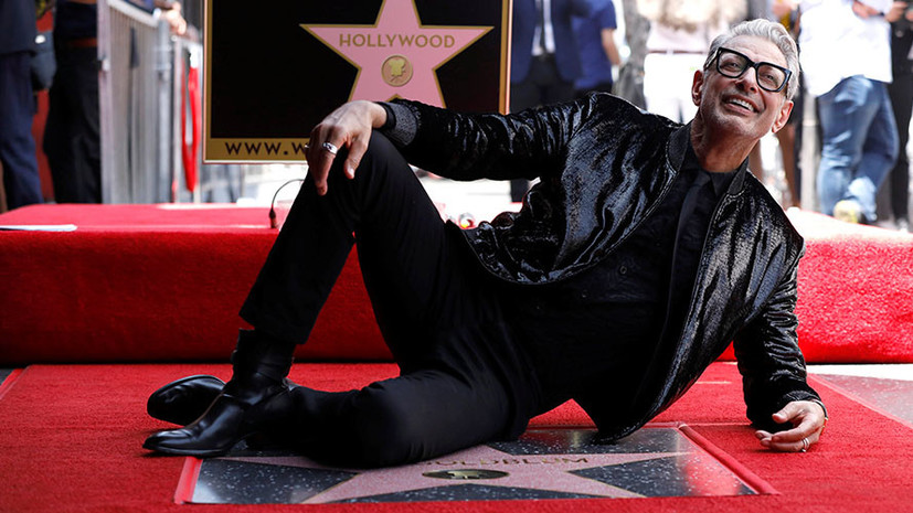 Американский актёр Джефф Голдблюм получил звезду на «Аллее славы» Голливуда