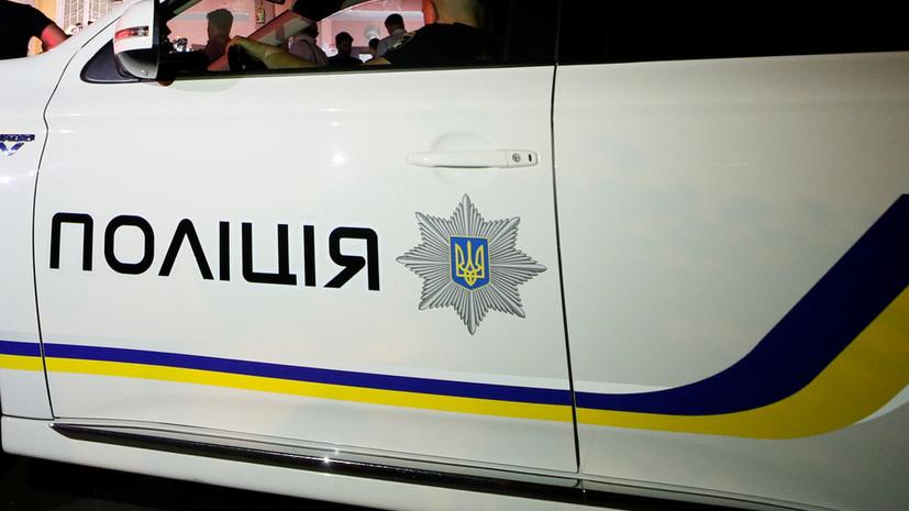 На Украине восемь полицейских пострадали в ходе стычки с протестующими
