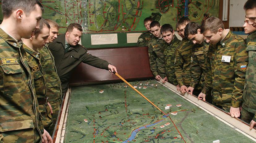 Статс-секретарь — заместитель министра обороны России Николай Панков в беседе