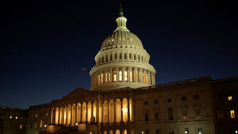 В сенате США потребовали отставки главы МВБ на фоне разлучения детей мигрантов с родителями