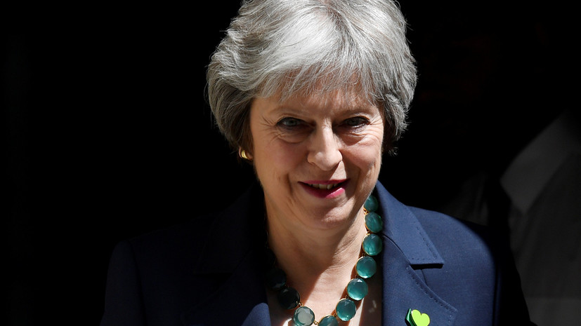 В Британии на Мэй подали жалобу за «введение в заблуждение» обещаниями по брекситу