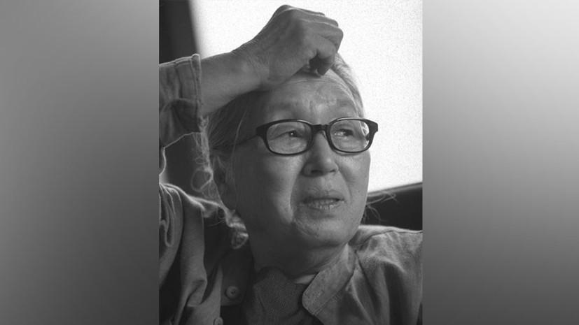 В Петербурге открыли памятник южнокорейской писательнице
