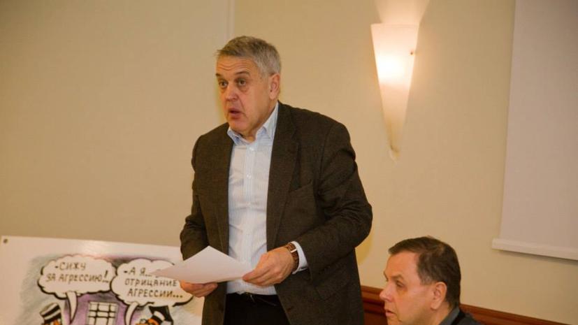 Суд в Латвии продлил арест защитника русских школ Гапоненко