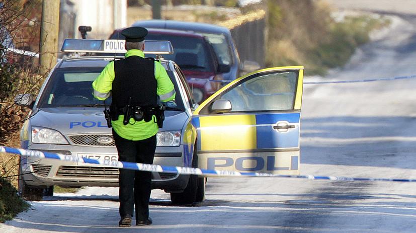СМИ: В Ирландии автомобиль наехал на группу людей у церкви