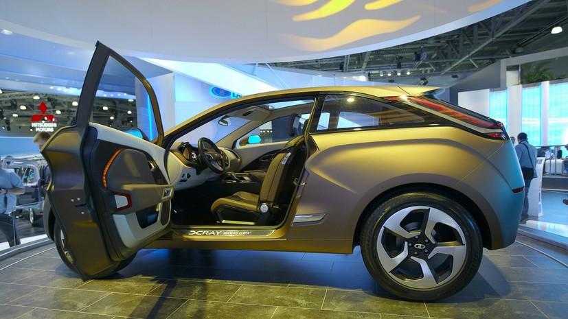 АвтоВАЗ отзывает в России более 7 тысяч автомобилей Lada Xray