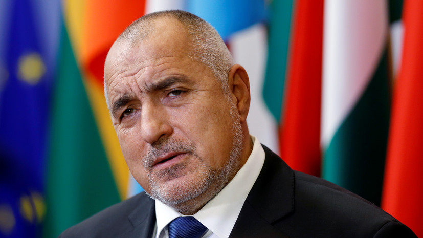 Парламент Болгарии отклонил вотум недоверия правительству страны