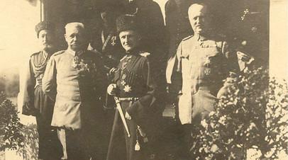 Гетман Скоропадский с представителями германской армии