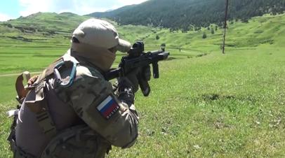 Опубликовано видео с места ликвидации главаря вооружённой банды в Дагестане