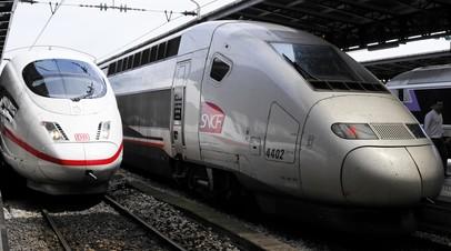 В Париже прервано движение поездов из-за рождения ребёнка у одной из пассажирок