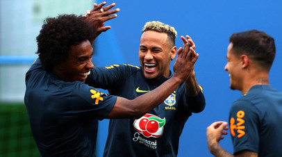 Футболисты сборной Бразилии Неймар, Виллиан и Филиппе Коутинью